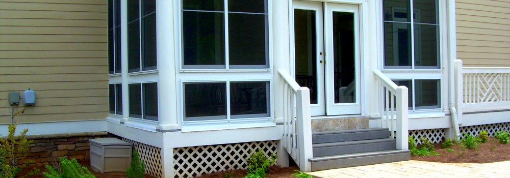Enclose Your Patio to Give Your Cats a Safe Place to Play