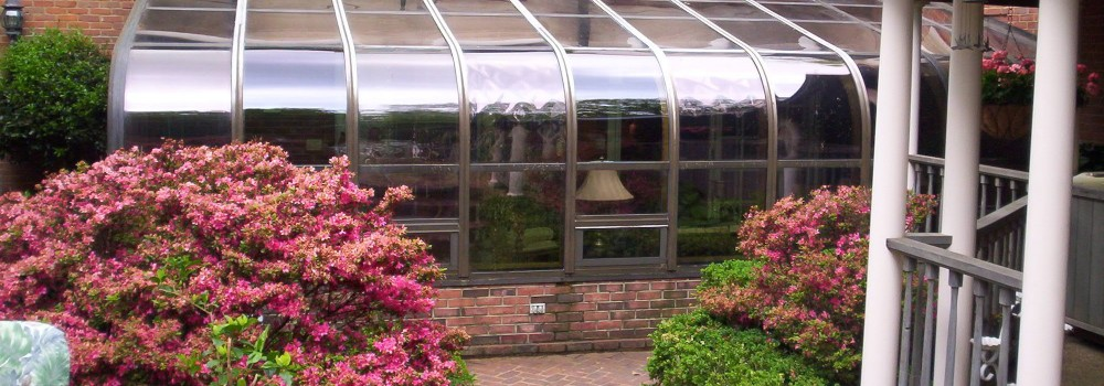 Conservatories vs. Sunrooms