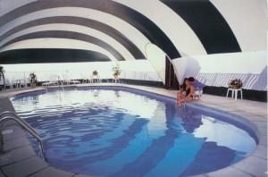 inflatable-pool-enclosure