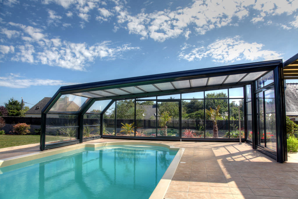 Bon Telescopic Pool Enclosures